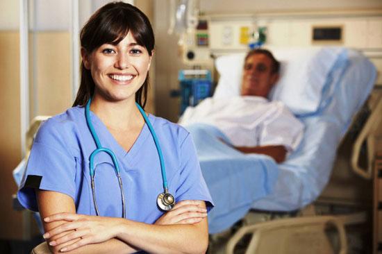 Особенности должностных обязанностей палатной медсестры: ответственность