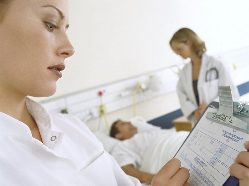 Можно ли без полиса обратиться в поликлинику или больницу