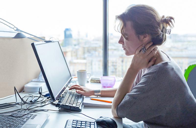 Как узнать свою страховую компанию ОМС по номеру полиса или фамилии